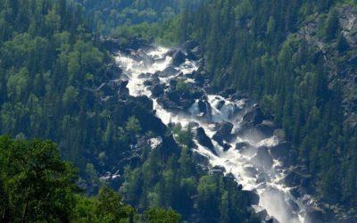 Самые красивые места Алтая-Чульчинский водопад