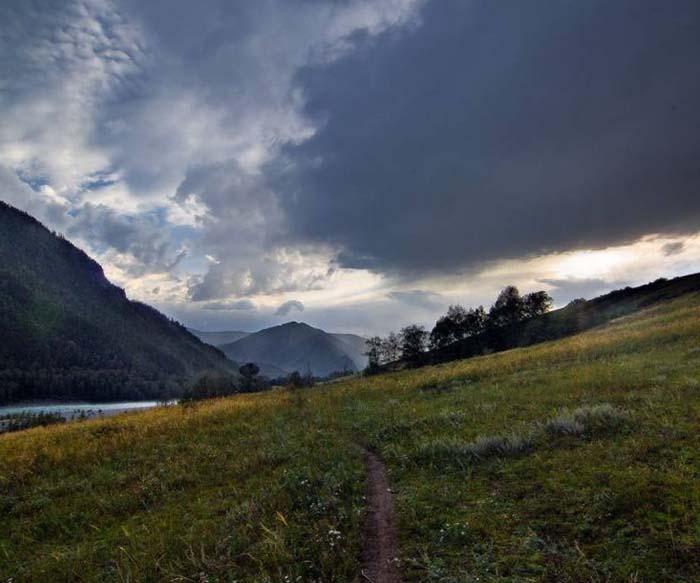 Особенности отдыха на Алтае: природные явления